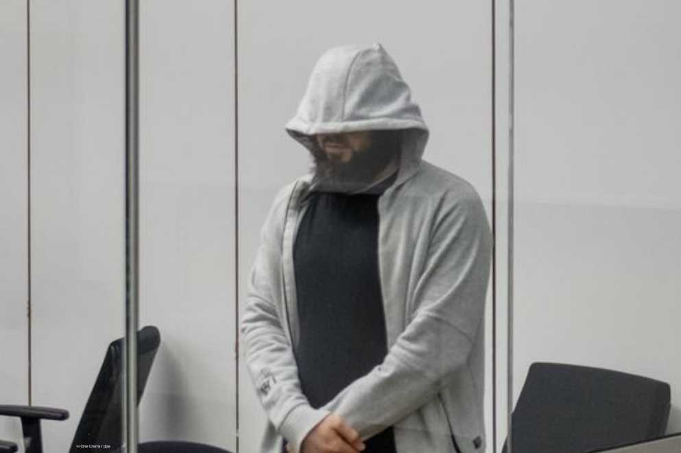 Подозреваемому лидеру ИГ* в Германии грозит приговор