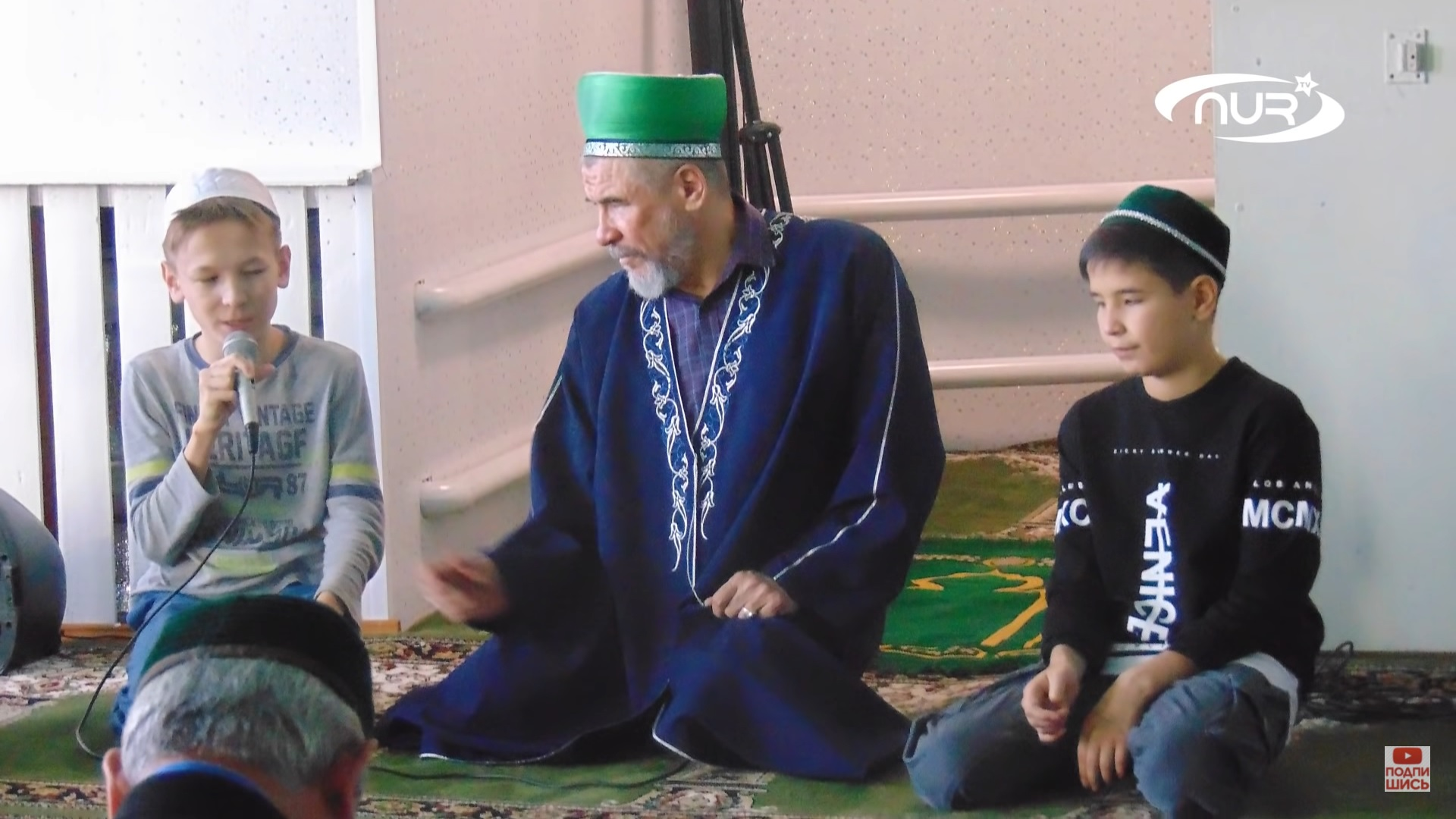 На Урале детям имама в школе не дают читать намаз