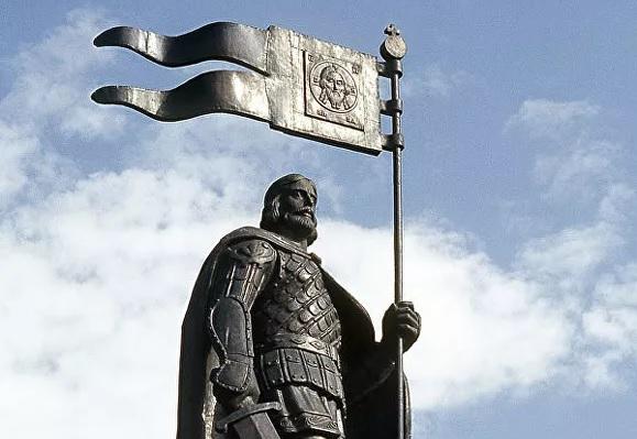 Невский - достойный герой для памятника на Лубянке