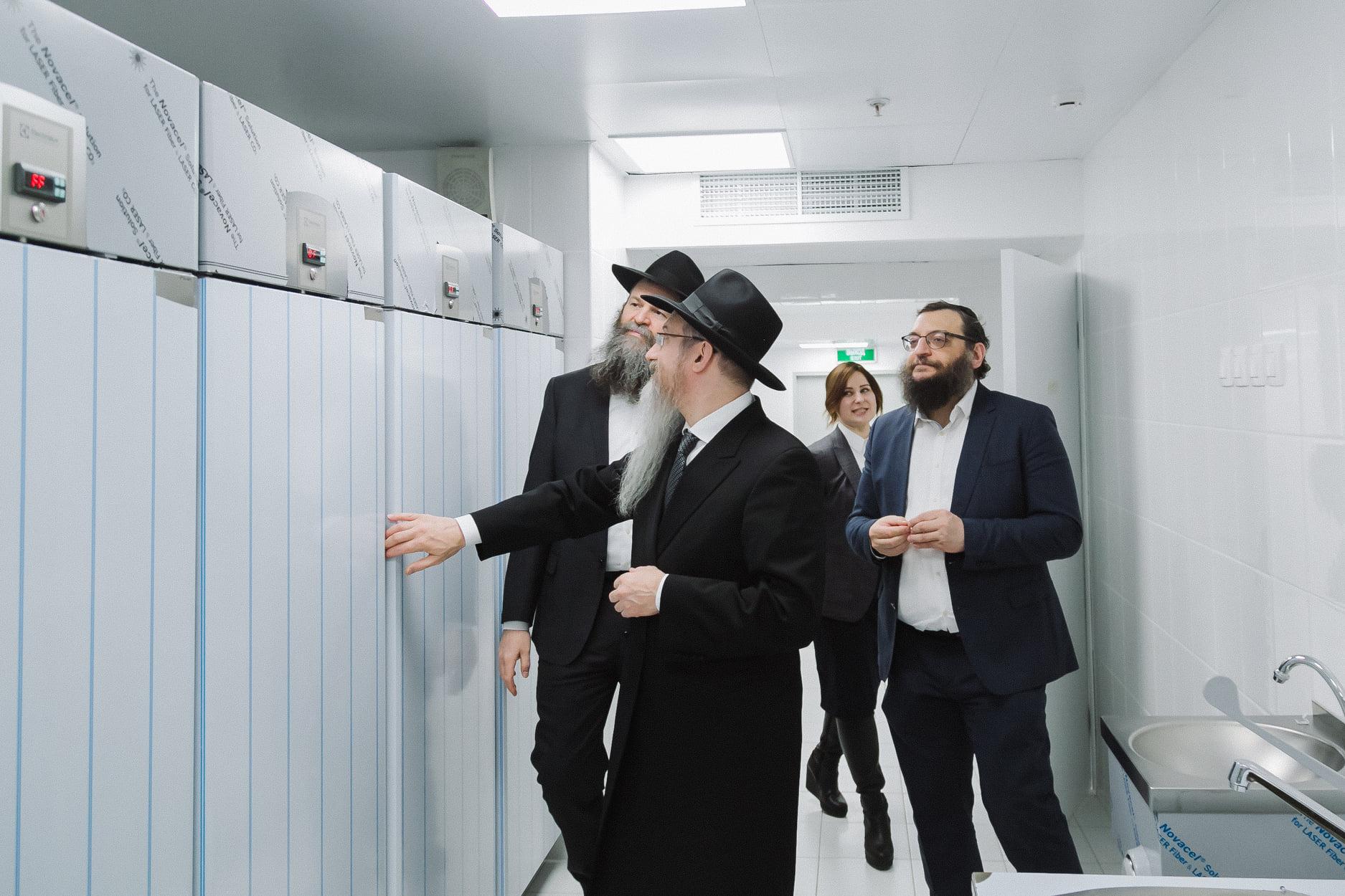Лазар открыл «Объединённую кухню еврейских учебных заведений»