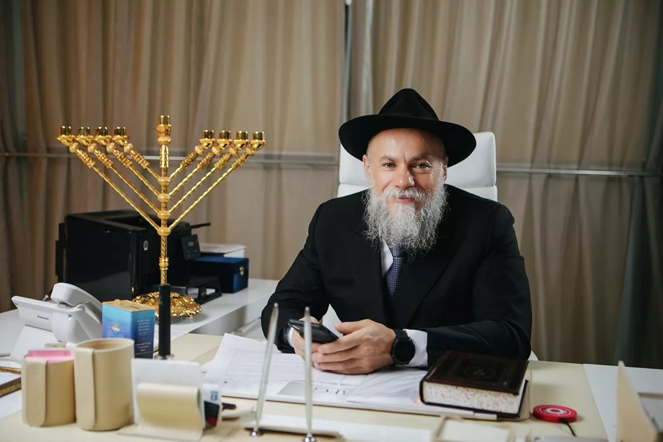 Раввин Борода: евреи на Песах вновь соберутся за общим столом