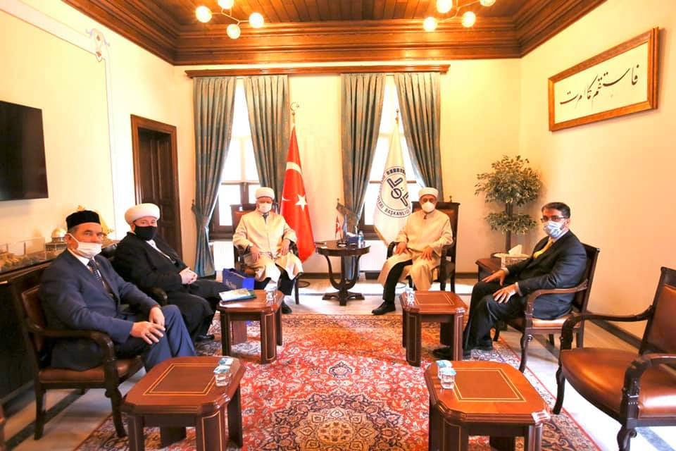 ДСМР провело встречи с муфтием Стамбула и консулом РФ