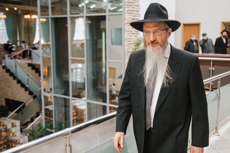 Раввин Лазар поздравил евреев с праздником Песах