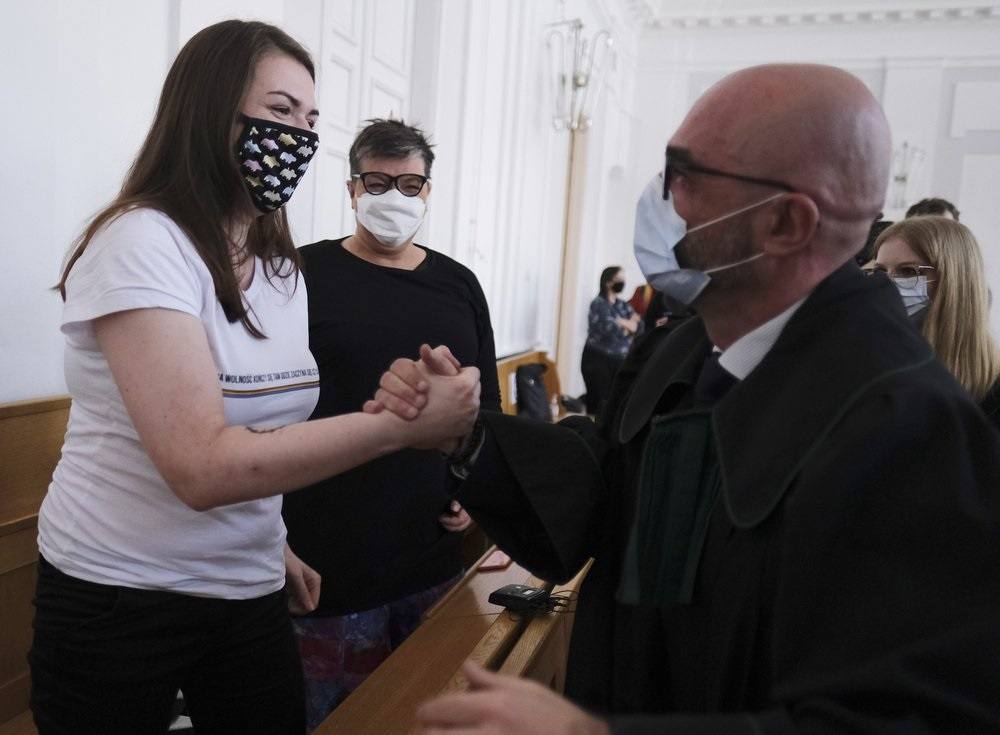 В Польше оправданы нанесшие ЛГБТ-радугу на икону