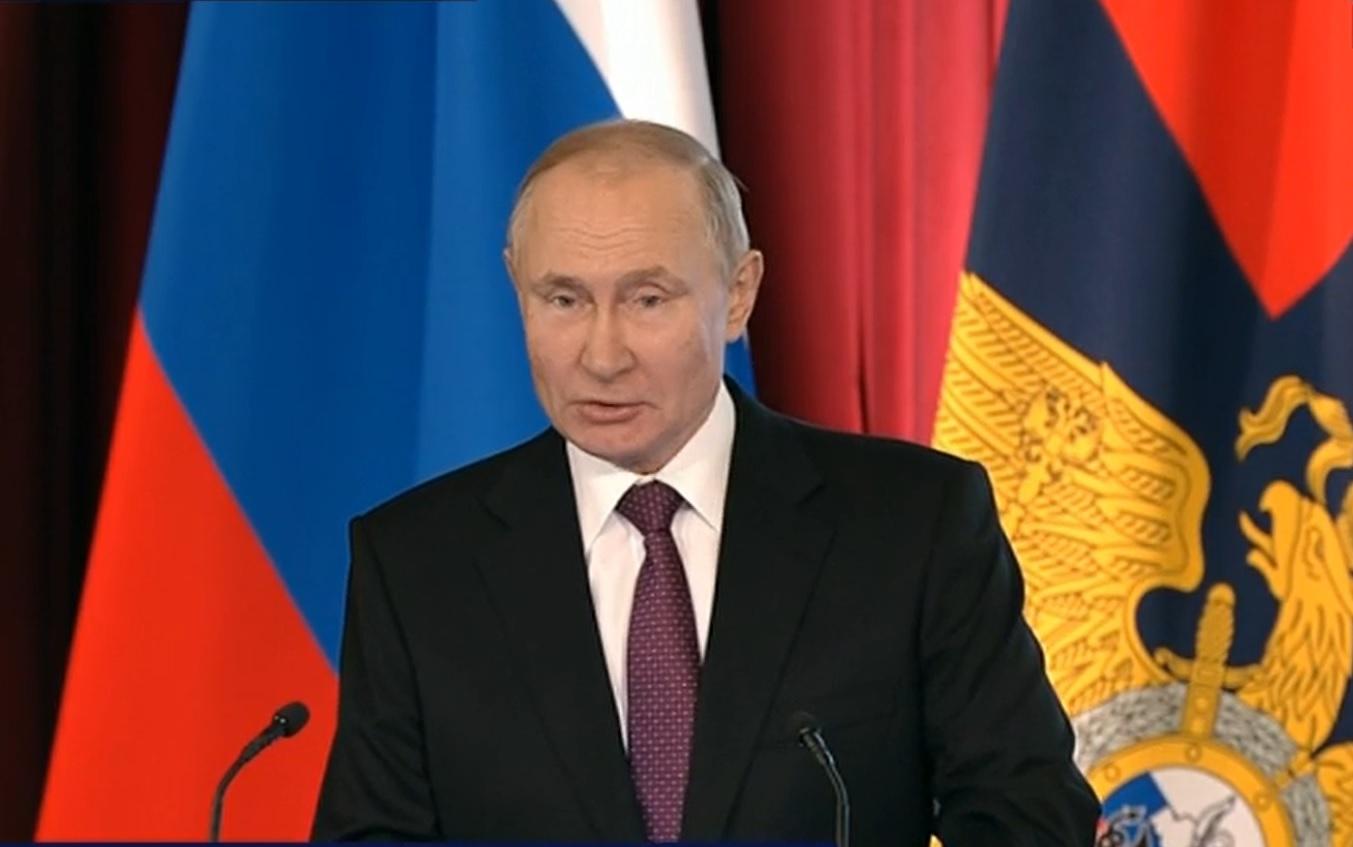 Путин - МВД: пресекать пропаганду религиозной вражды и насилия