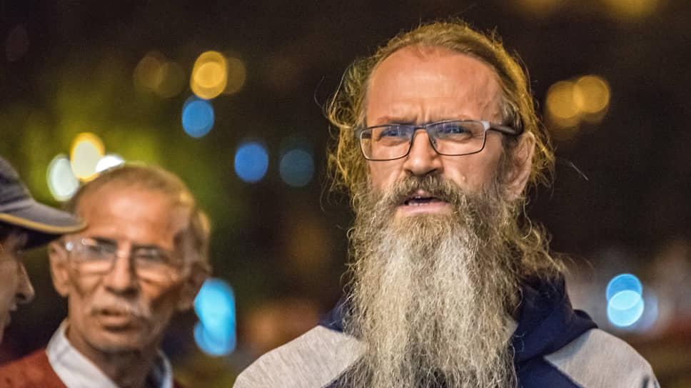 Осужденного за митинги священника отстранили от двух приходов