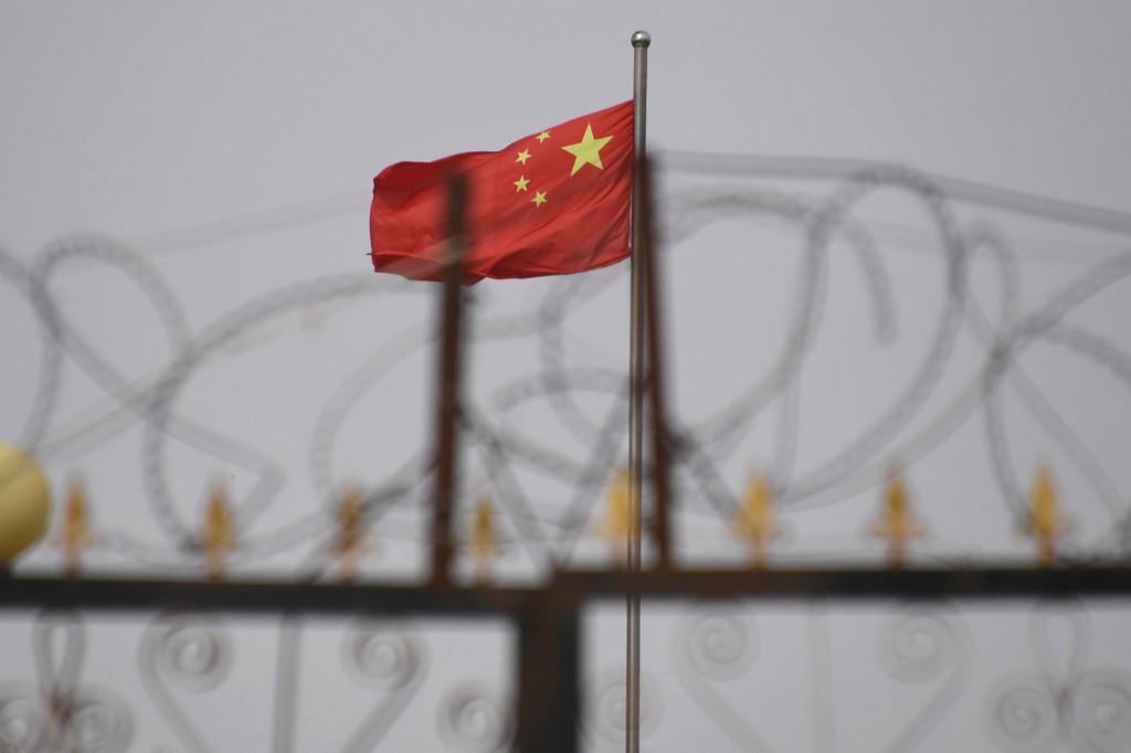 Китай требует от брендов отвергать нарушения в Синьцзяне
