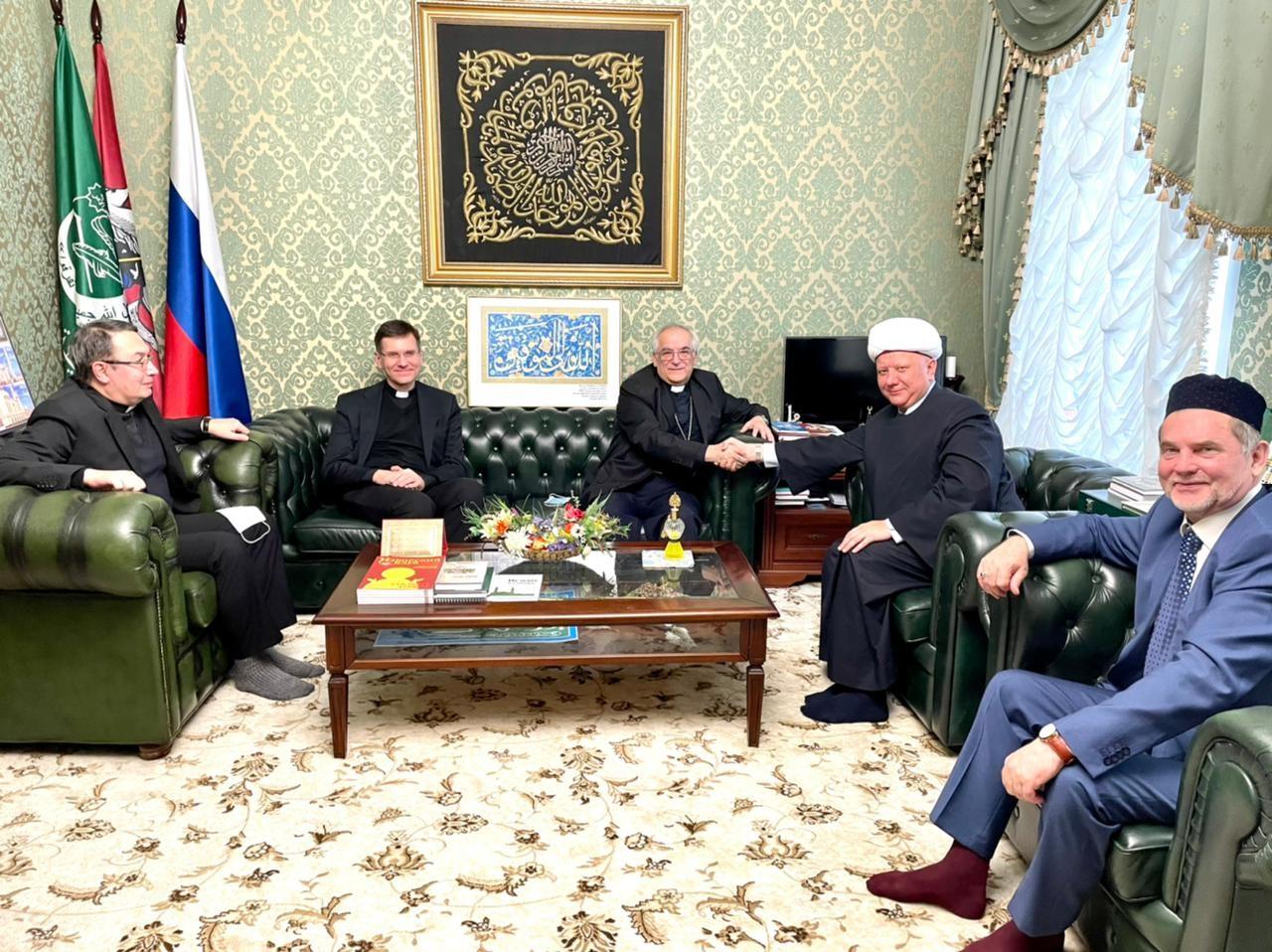 Встреча муфтия Крганова и нунция Джованни д'Аниелло