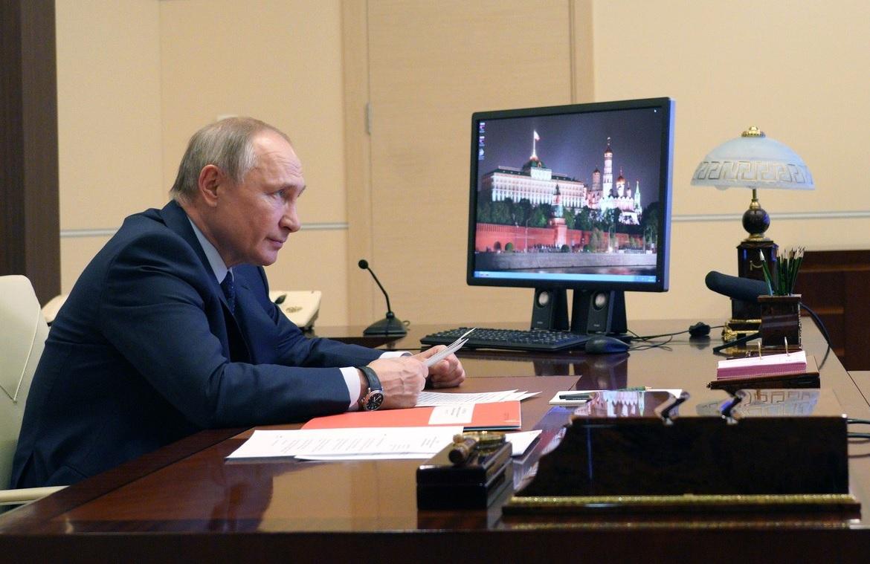 Путин обсудил с Меркель и Макроном проблемы Ближнего Востока