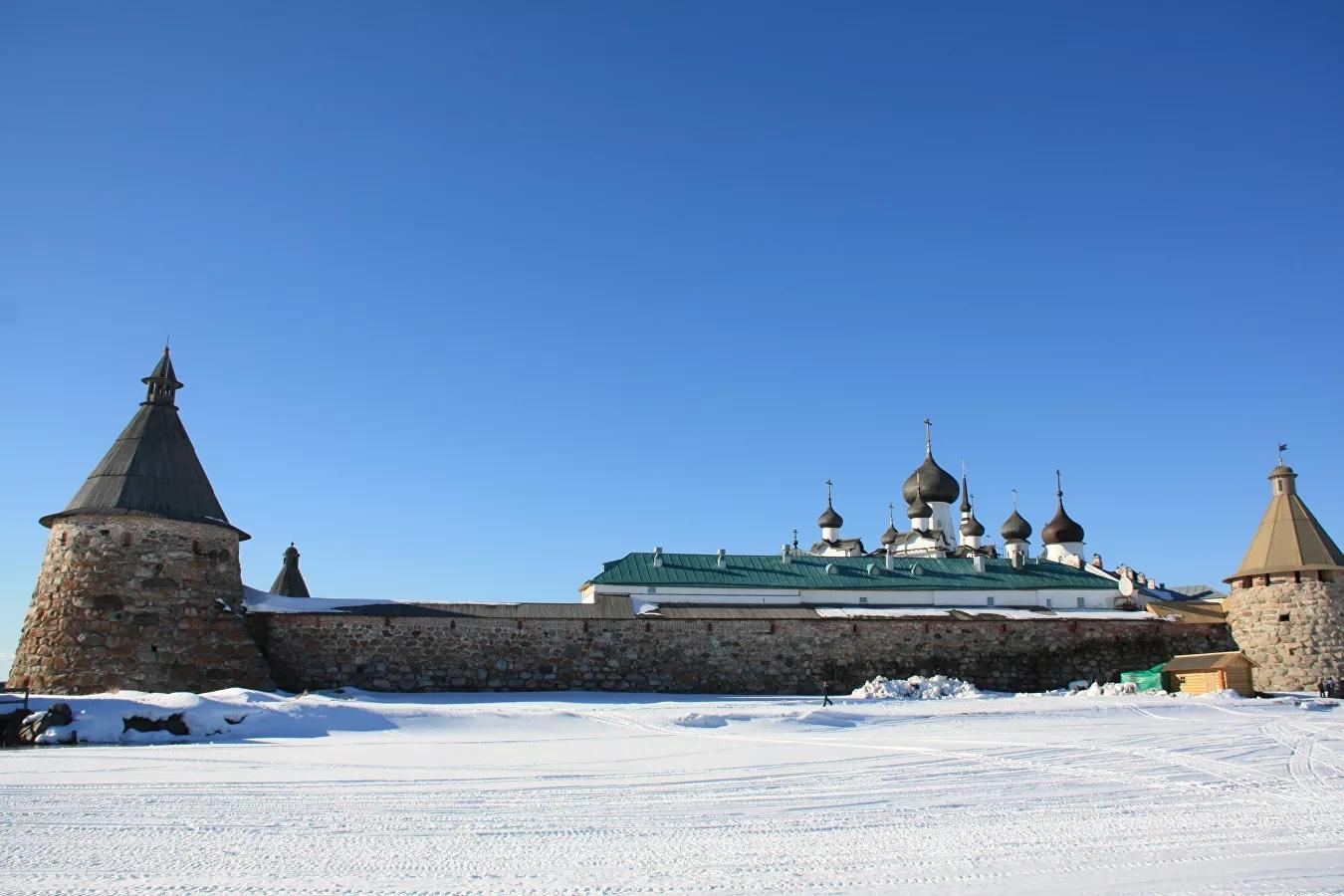 Архангельские власти изменят условия въезда на Соловки