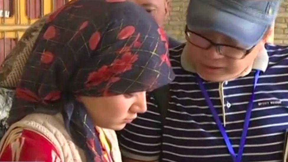 Китайская политика перевода уйгуров сокращает их население