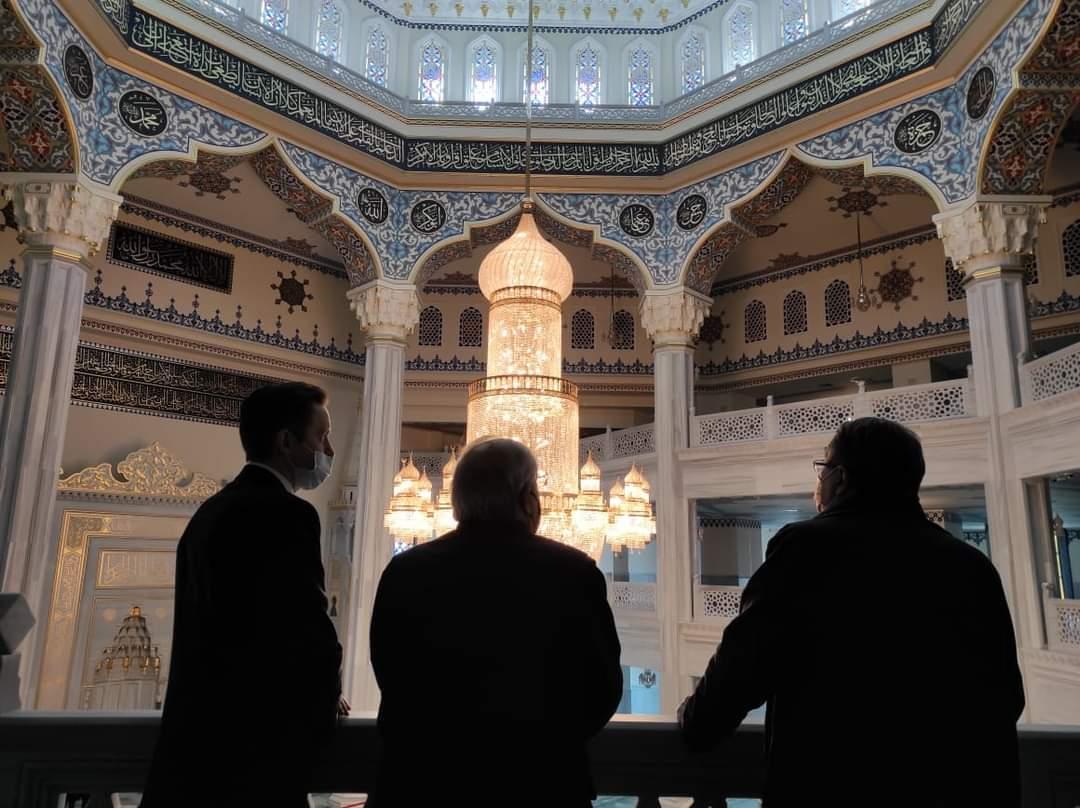 Апостольский нунций Джованни Д'Аньелло посетил мечеть в Москве