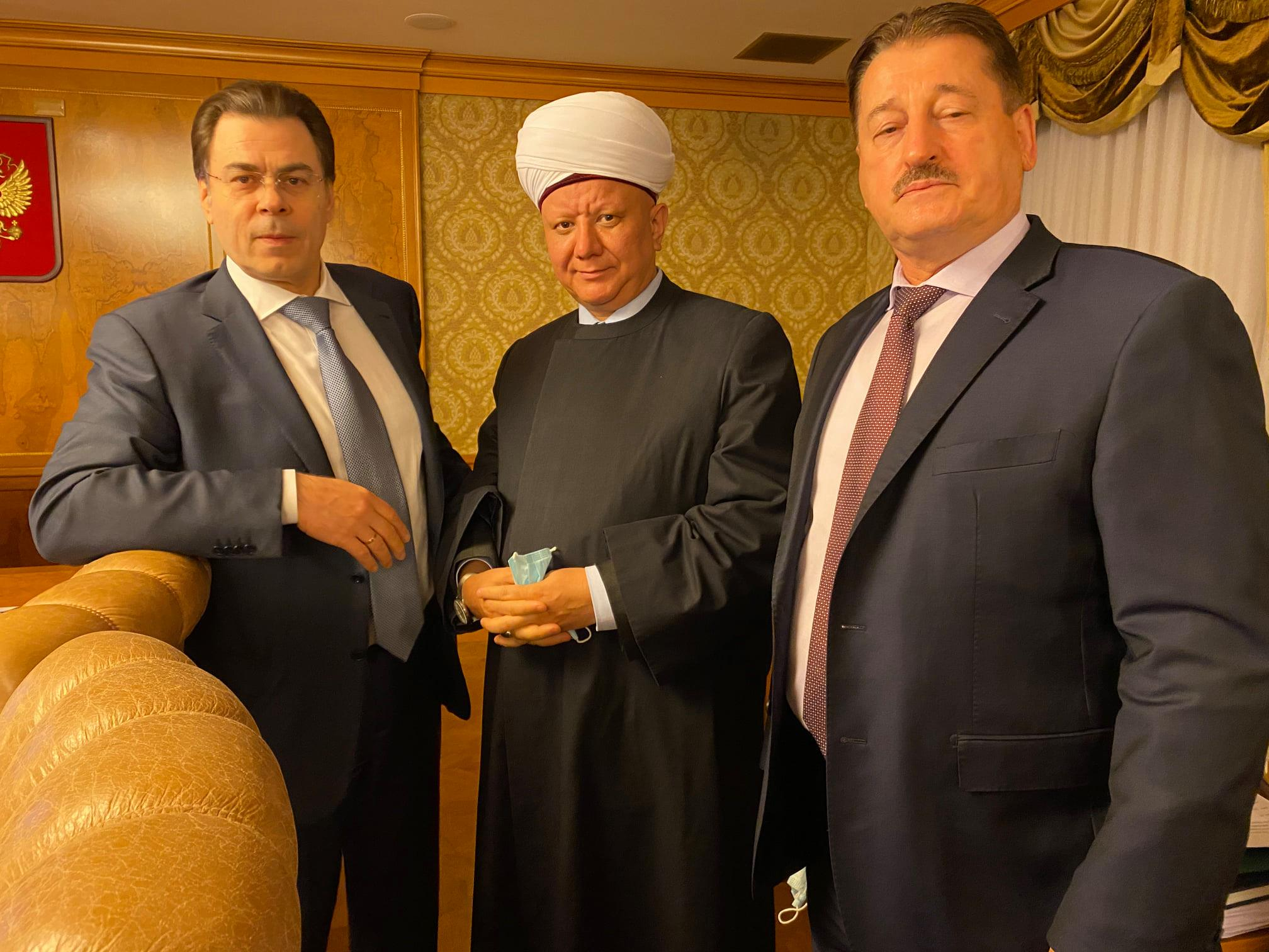 Религиозная Комиссия Правительства: помощь с COVID и имущество