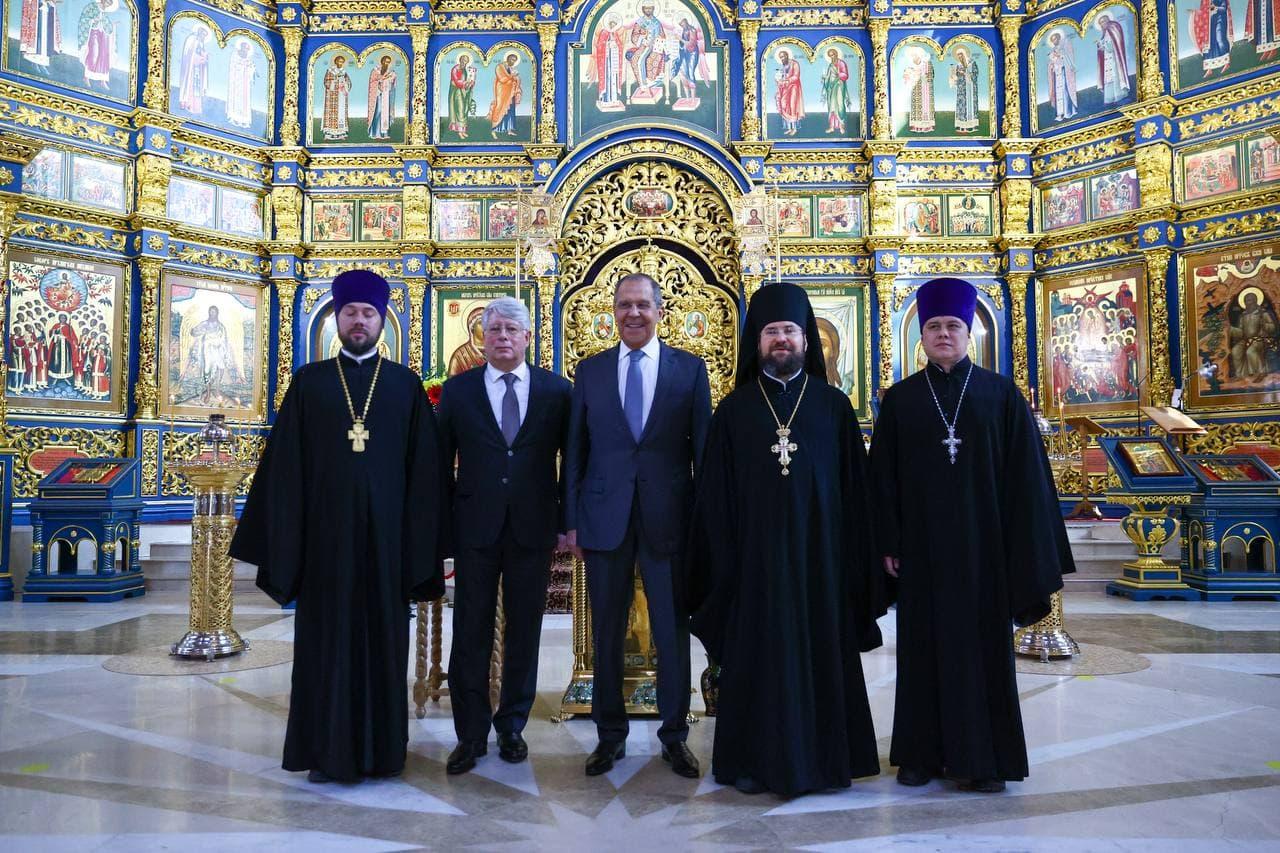 Лавров отметил роль РПЦ в мобилизации верующих за мир на Земле