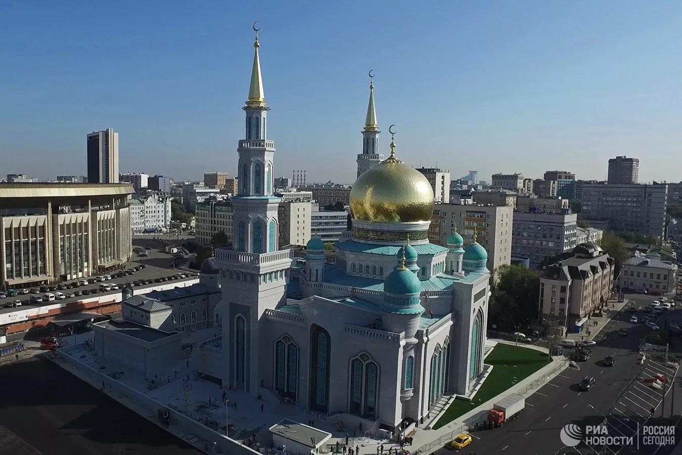 Зампред СМР Рушан Аббясов: в Москве не хватает мечетей