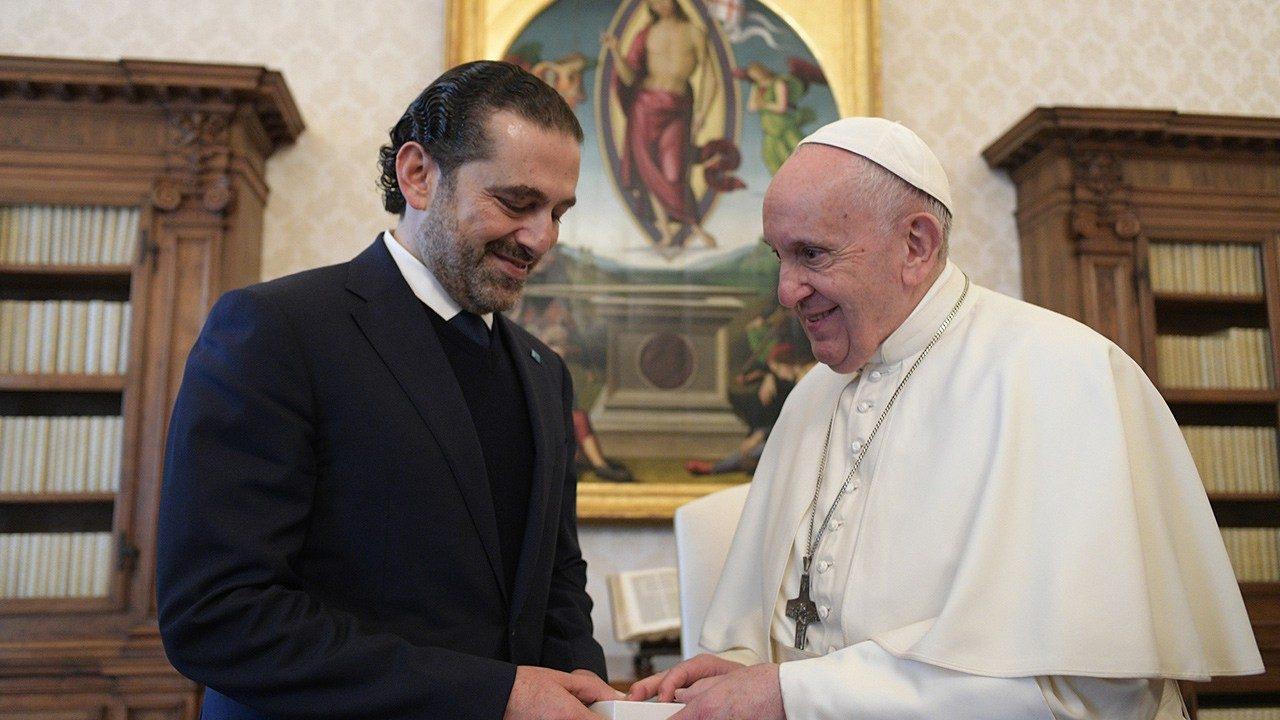 Папа Франциск призвал премьера Ливана положить конец кризису