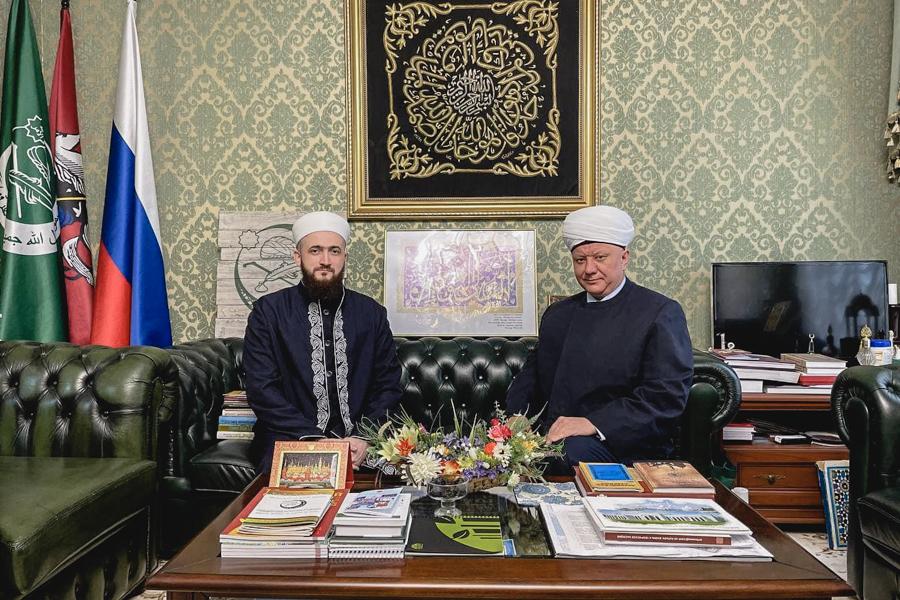 Муфтии Крганов и Самигуллин провели встречу в Москве