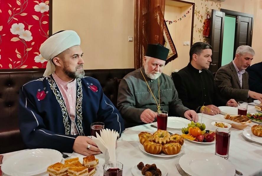 На межрелигиозном ифтаре в Ульяновске осудили экстремизм