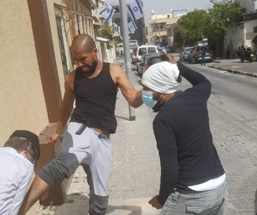 Столкновения в Яффе после нападения арабов на раввина