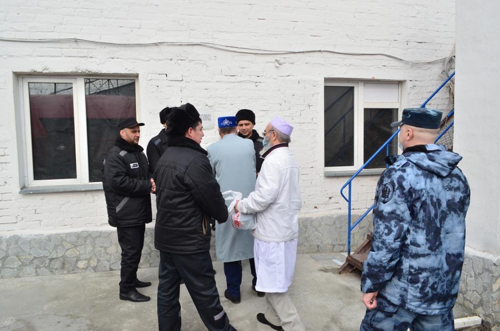 Муфтий Ашарин развеял слух о зреющем бунте мусульман в колонии