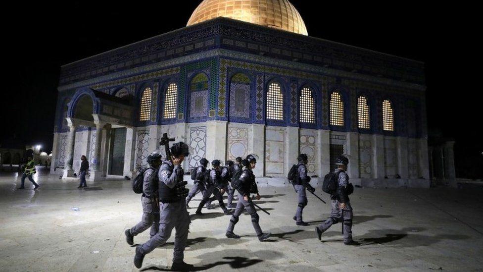 Мечеть Аль-Акса: 169 пострадавших в столкновениях в Иерусалиме