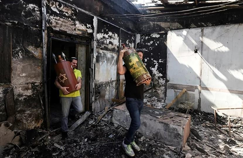 Евреи Германии требуют защиты на фоне поджога и вандализма