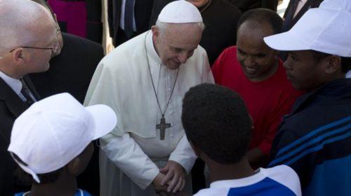 Папа Франциск: Бог не делает различий между местными и пришлыми