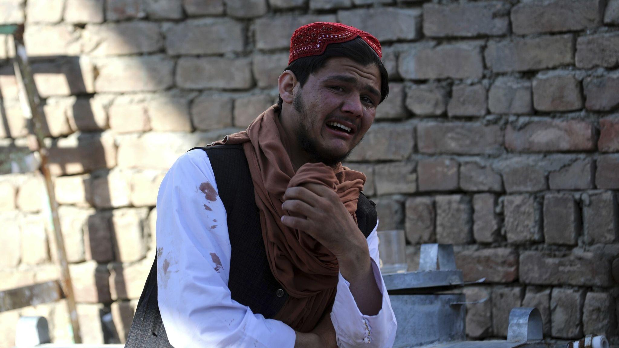 Террористы взорвали мечеть в Кабуле, убив имама и 11 верующих