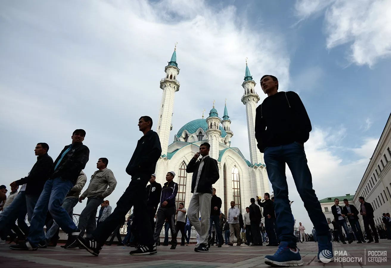 Мусульмане отмечают Праздник разговения Ураза-байрам