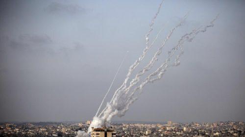 ХАМАС обстреливает Израиль после столкновений в Иерусалиме