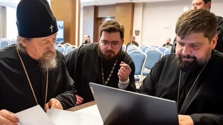 РПЦ - миссионерам: без политизации, неоязычества и сектантства