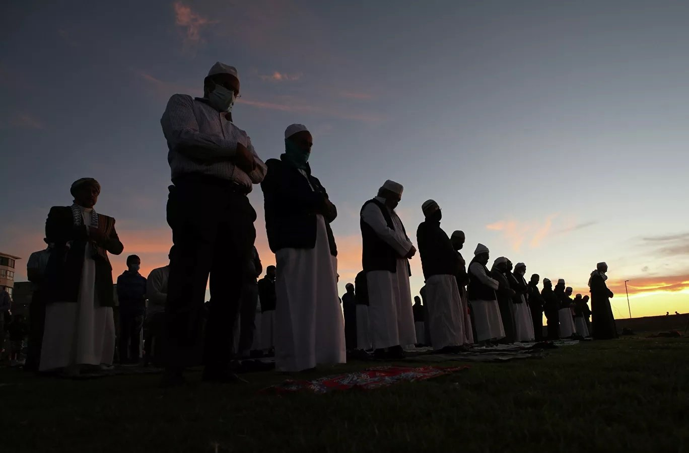 Мусульмане встречают самую священную ночь в году