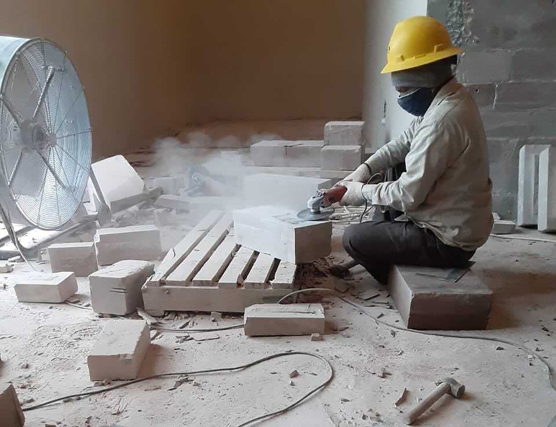 Индуистскую секту в США обвиняют в принудительном труде