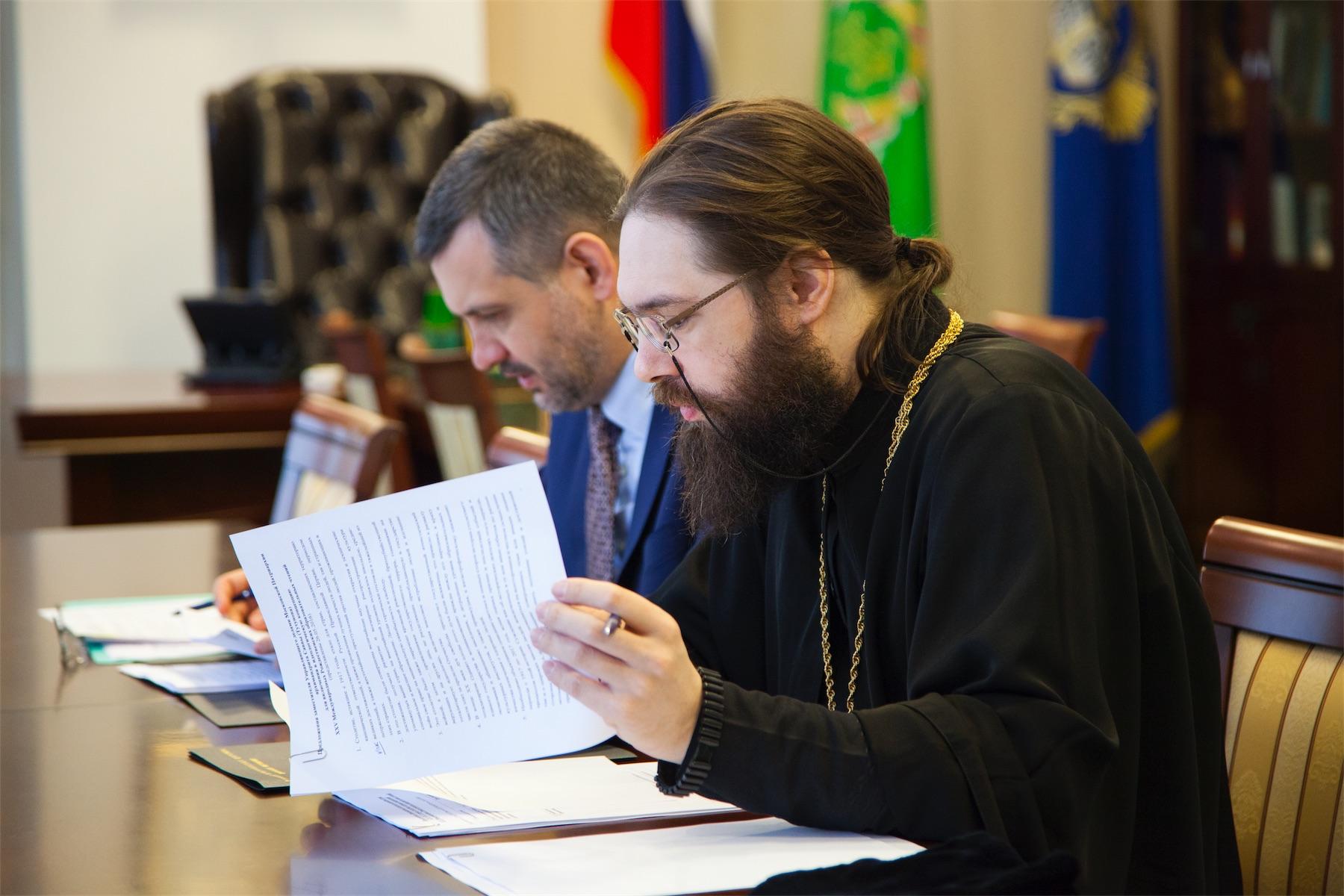"Мнение ИРП подтвердили в РПЦ: нет отказа от ""освящения"" оружия"
