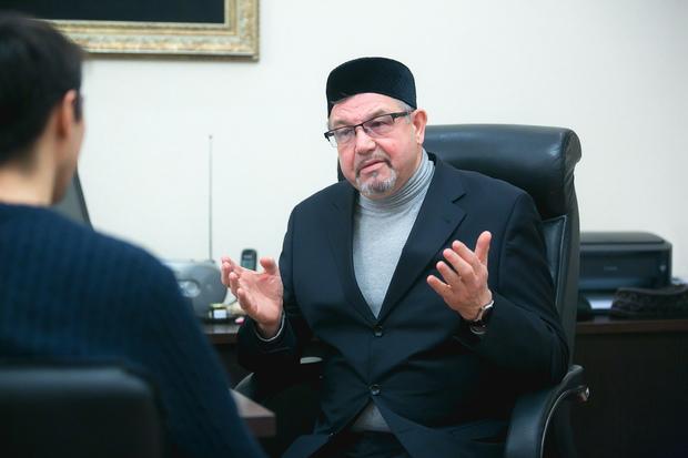 Заместитель муфтия Татарстана о приседаниях у мечети Кул-Шариф