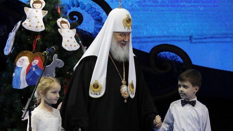 Юрист - о призыве Патриарха Кирилла отдавать детей Церкви