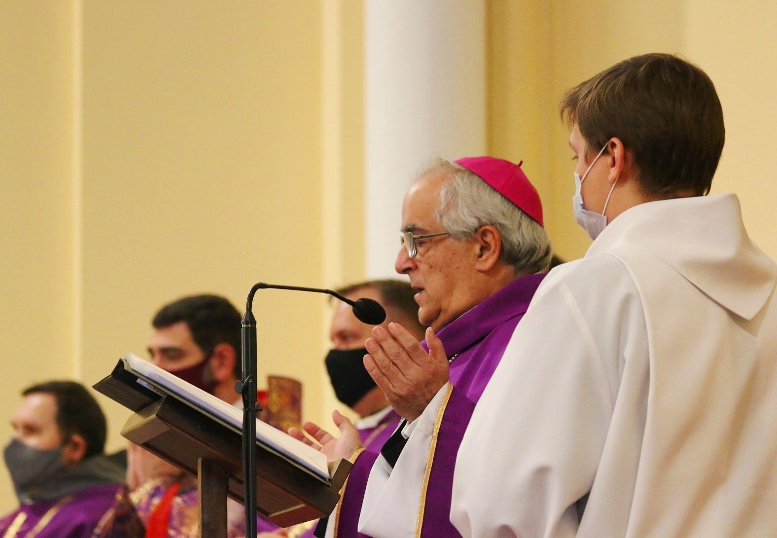 Нунций: Христиан Ближнего Востока должен поддерживать весь мир