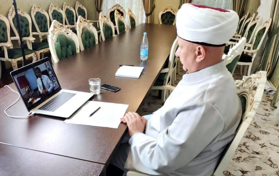 Муфтий Крганов: создать госцентр против экстремизма в Сети