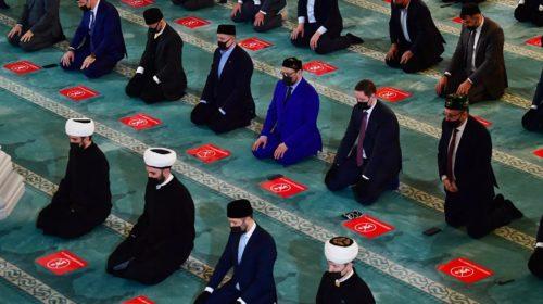 Муфтий: как пройдут молитвы в условиях ограничений в Москве