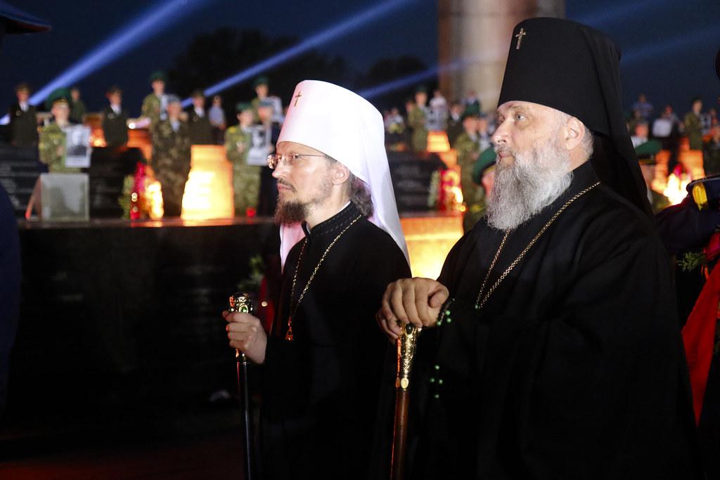 Митрополит Вениамин - на митинге-реквиеме в Брестской крепости