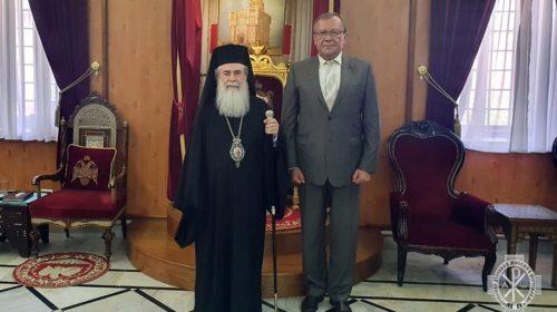 Посол России в Израиле встретился с Иерусалимским Патриархом