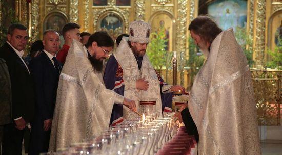 В Богоявленском соборе Москвы стартовала акция «Свеча памяти»