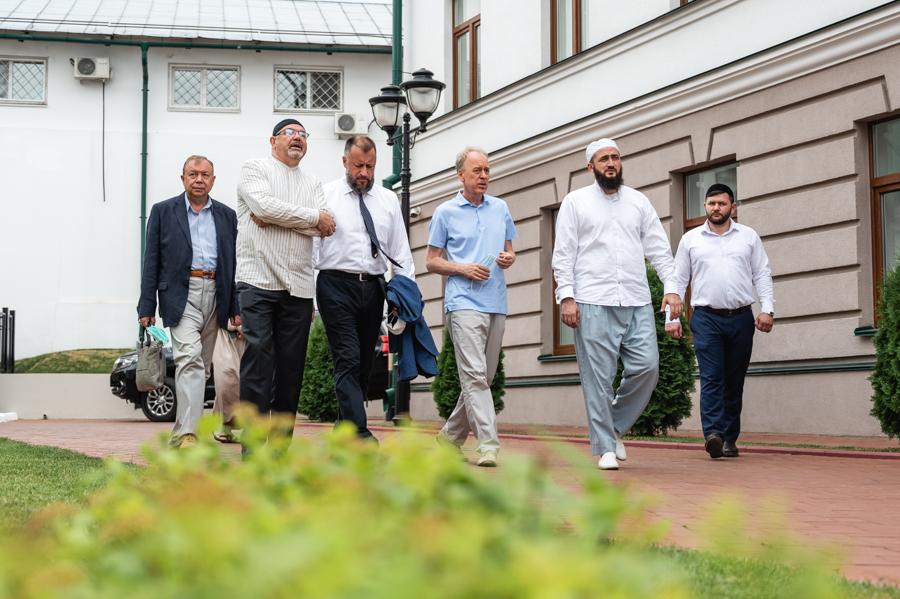 В ДУМ РТ приняли руководителей из Администрации Президента РФ
