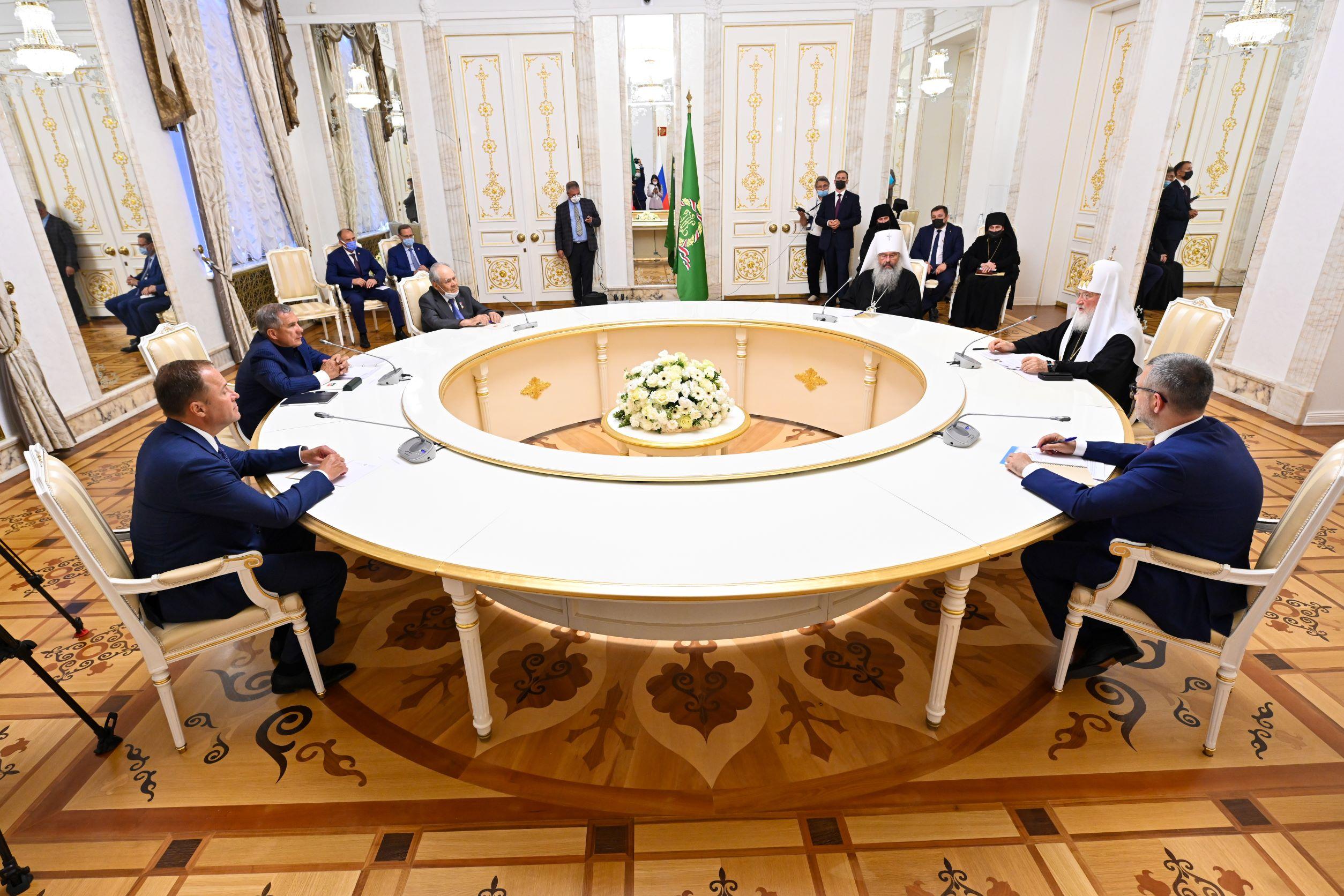 Патриарх и президент Татарстана - о достижениях и новых рубежах