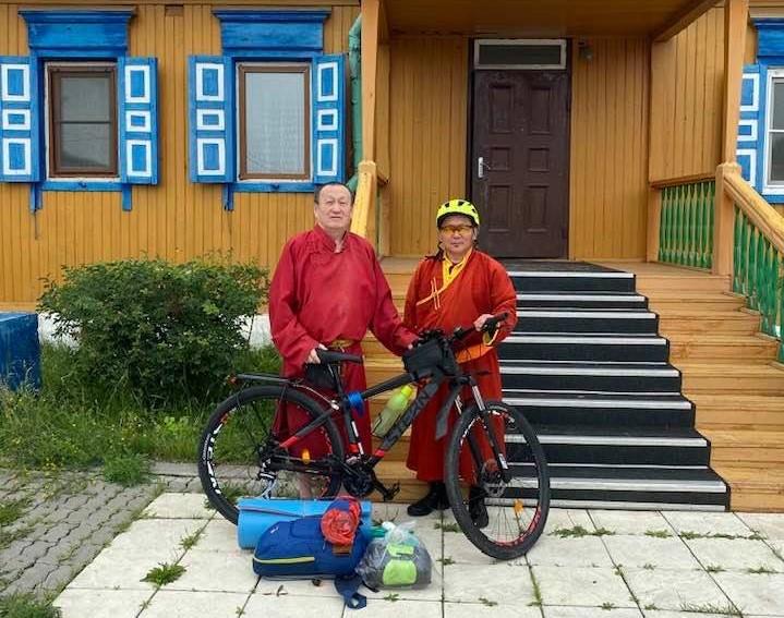 Паломничество на велосипеде по местам рождения 21 Ламы России