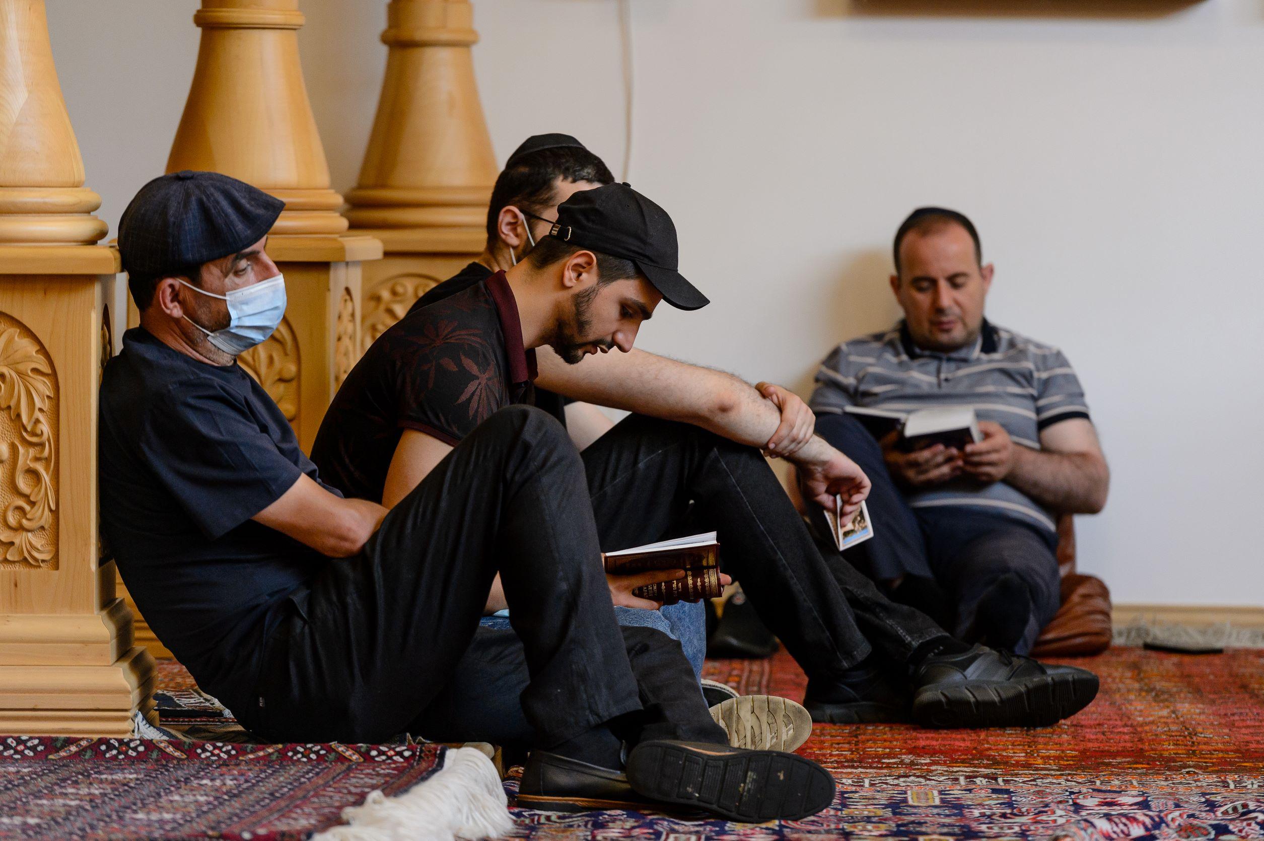 """Траурный день 9 Ава в синагоге """"Байт Сфаради"""" в Москве   Фото"""