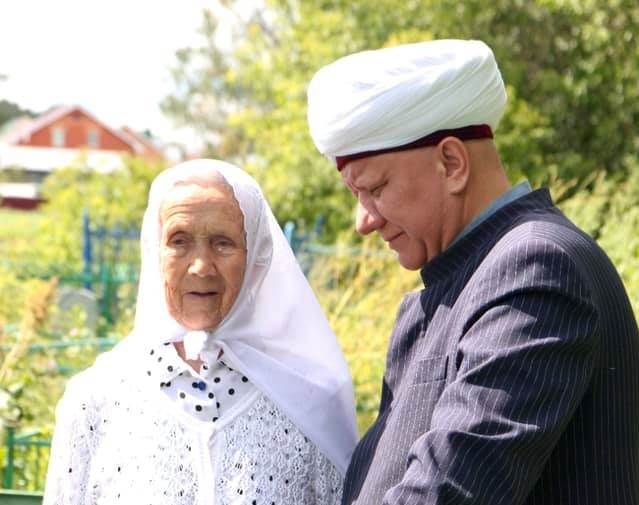 Муфтий Крганов против искажения образа татарской бабушки