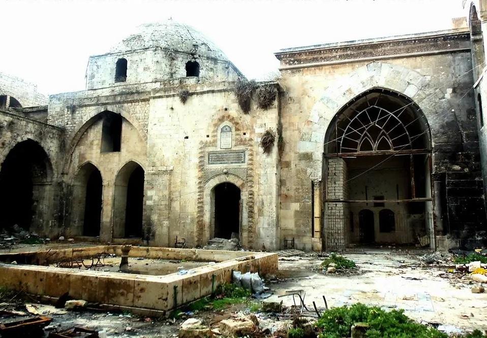 Российские ученые заявили об угрозе для древнего храма в Алеппо