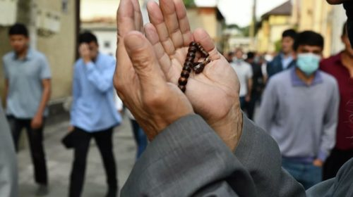 Религиозная грамотность таджикских мулло вызвала сомнения