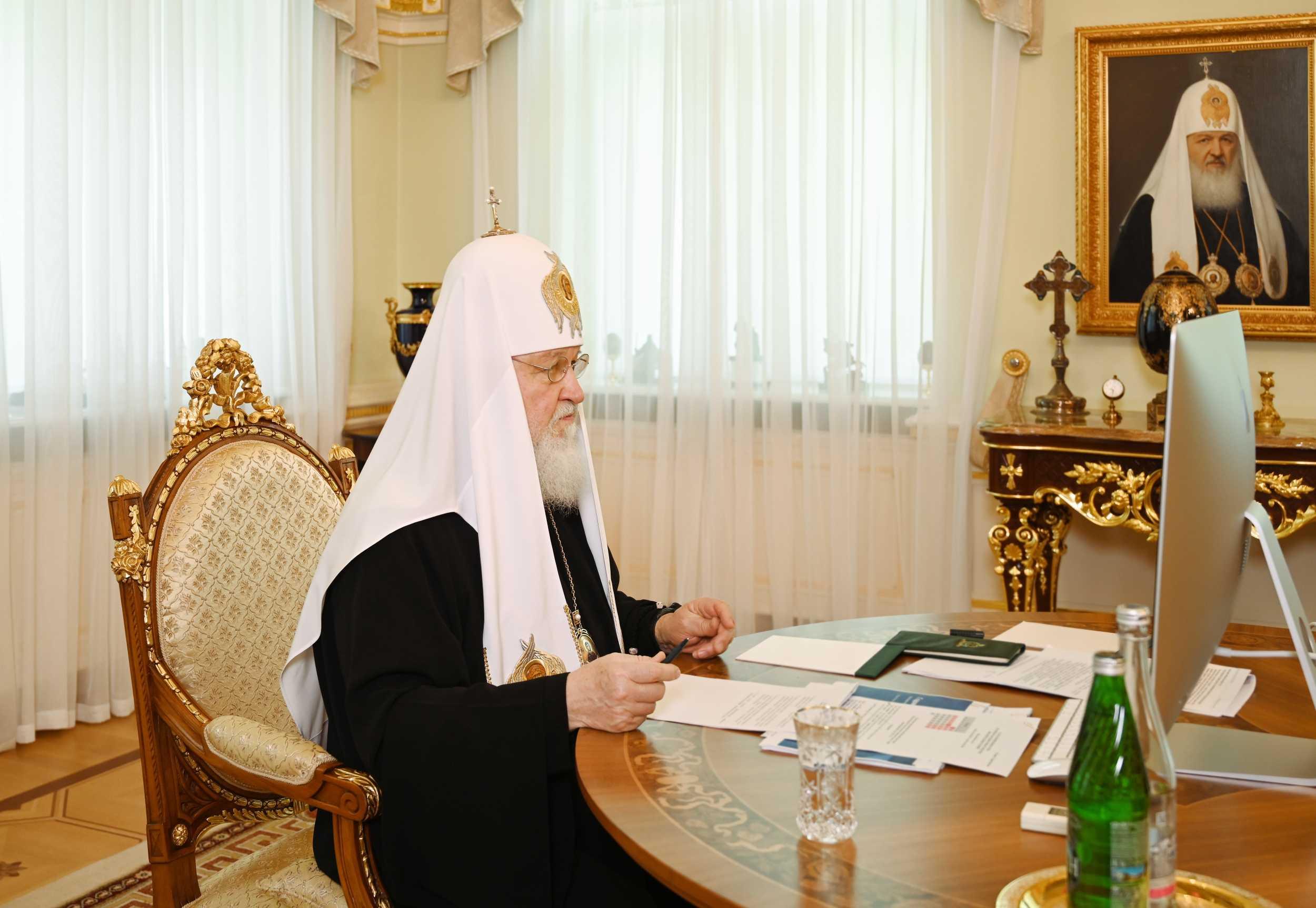 Патриарх Кирилл написал мальчику, избитому в Киргизии за веру
